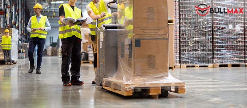 material-handling-equipment-in-the-manufacturing-industry